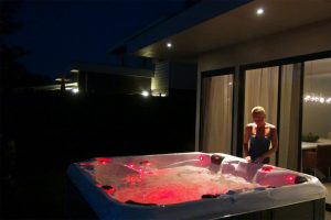 Градинско джакузи с воден масаж